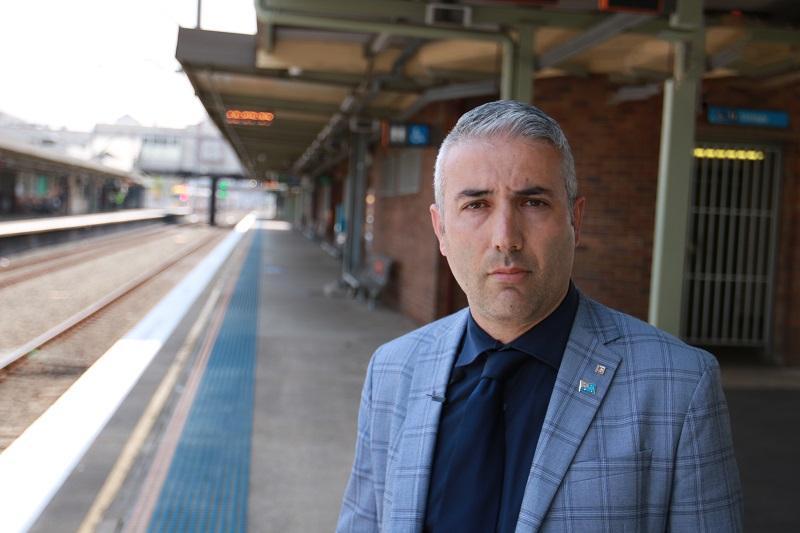 Mayor at railway station